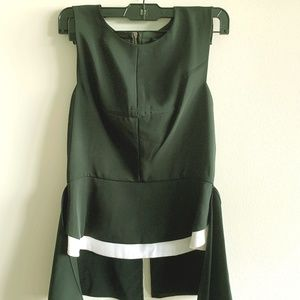 BCBG Black and White peplum top with zip up back